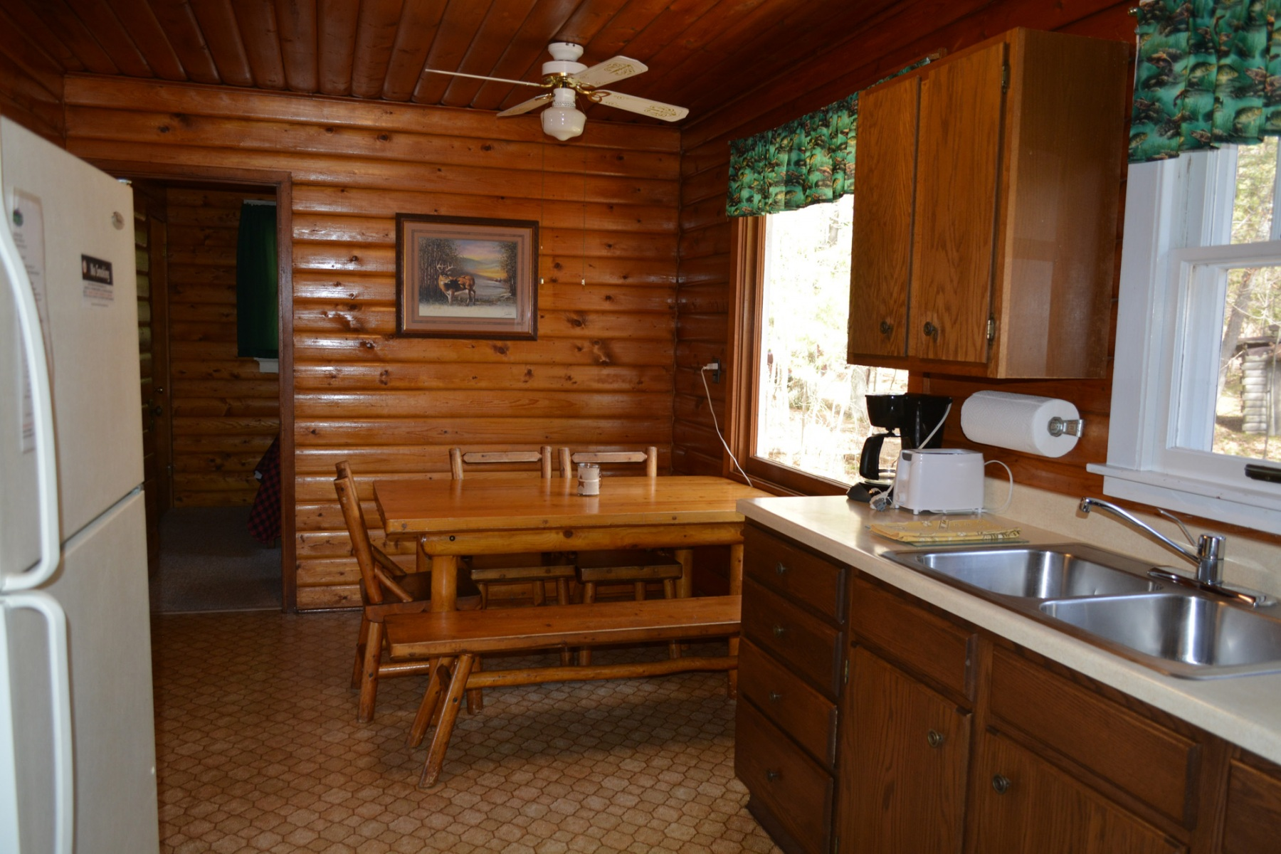 Beaver-House-Kitchen