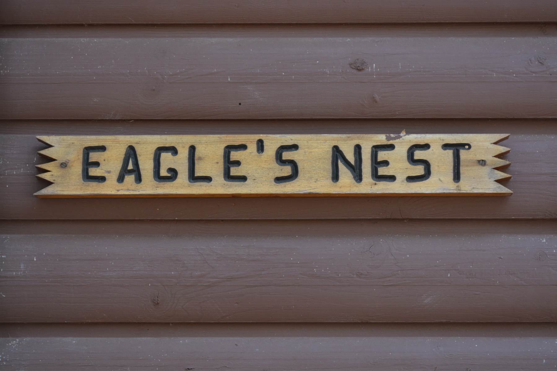 Eagles-Nest-Sign