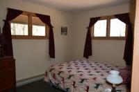 Ospreys-Roost-Queen-Bedroom
