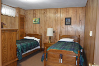 Otters-Lair-Bedroom